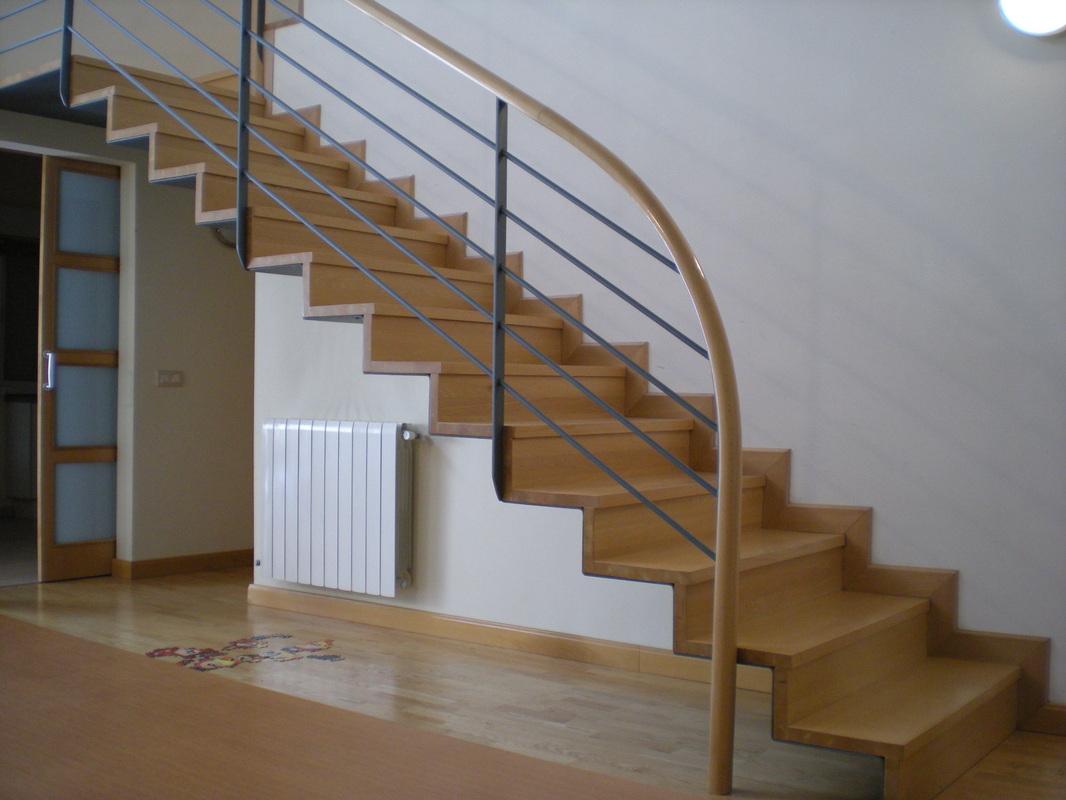 Escaleras jose vidal sanchez biezma arquitecto - Escaleras para viviendas ...